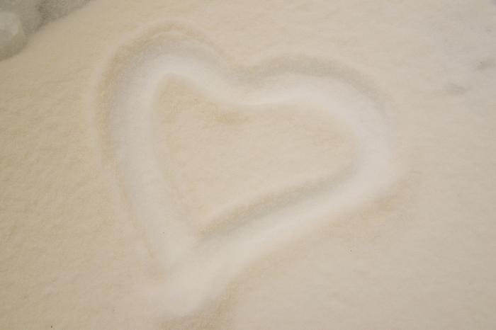 Todennäköisesti Saharan hiekkaa lumihangella Orivedellä.