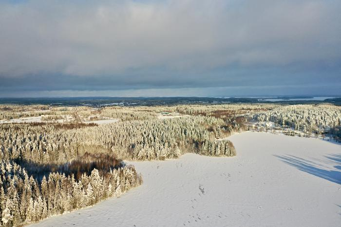 Luminen maisema Ylöjärvellä.