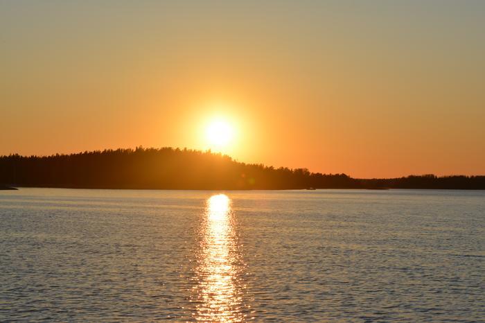 Auringonlasku Hankoniemellä.