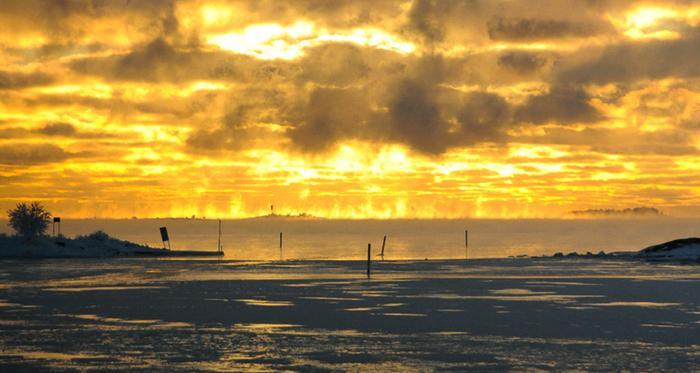 Merisavua Suomenlahdella