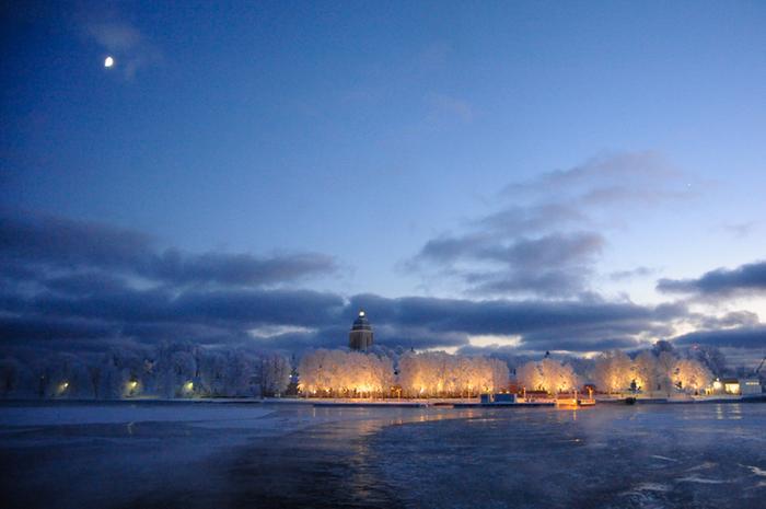 Pakkasilta Suomenlahdella
