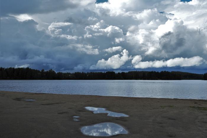Matalapaineet tuovat yhä ajoittain sadetta ja pilvisempää säätä.