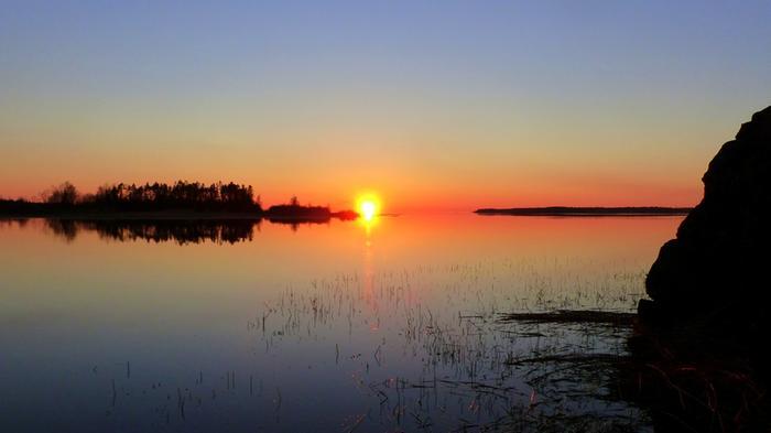 Suomessa on vallinnut lämmin ja aurinkoinen korkeapainesää.