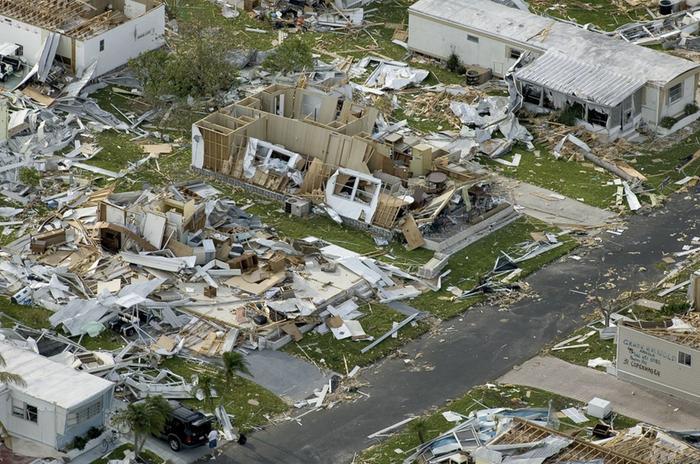 Charley-hurrikaanin tuhoja Yhdysvalloissa vuonna 2004.