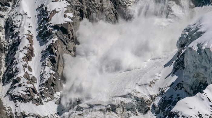 Lumivyöryjä esiintyy säännöllisesti myös Suomen Lapin tuntureilla. Tietyt tekijät lisäävät niiden todennäköisyyttä.
