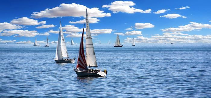 Hjallis Harkimo hyödyntää päivystävän meteorologin tulkintaa, jos hän lähtee purjehduskisoihin. Silloin säätila ja olosuhteet merellä täytyy ennakoida mahdollisimman hyvin.