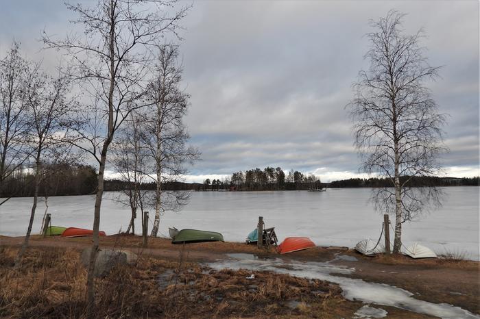 Lumet sulivat Jyväskylästä helmikuussa 2020. Samalla pheni myös jääpeite.