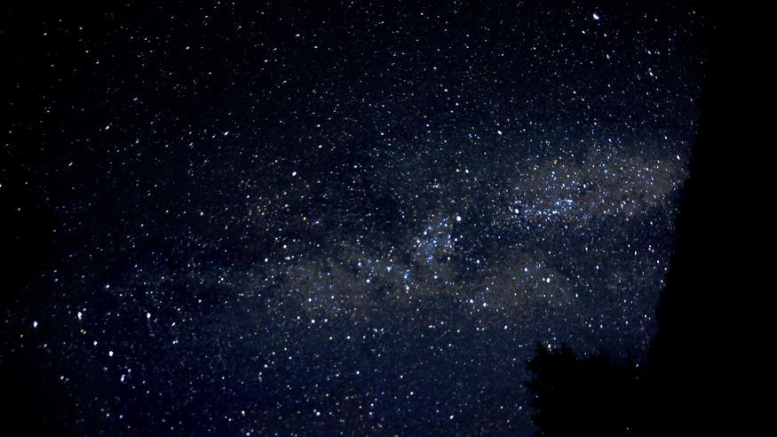 Perseidien tähdenlentoja nähdään pian, näillä ohjeilla nappaat upean kuvan!