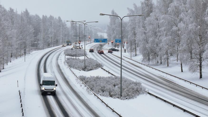 Lunta tulossa jopa 10–20 senttimetriä kolmessa päivässä – loppuviikolla käänne lämpötiloissa