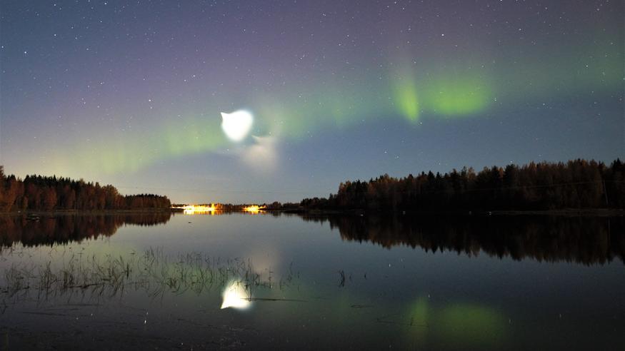 Outo valoilmiö hämmästytti yötaivaalla – tästä oli kyse