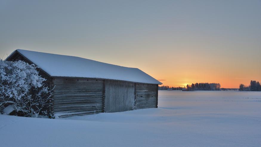 Myrskytuulet riepottelivat Suomea – nyt tulevat hyytävät yöpakkaset!