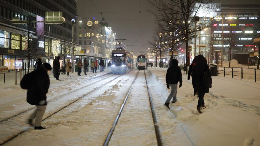 Pakkaset palasivat eteläänkin – Katso, mikä on Suomen lumitilanne keskiarvotalveen verrattuna!