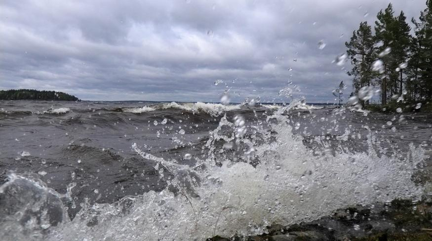 Euroopassa tuhoa kylvänyt myrsky iski nyt Suomeen: Voimakkain puuska merellä jo 33 m/s – näin tilanne etenee