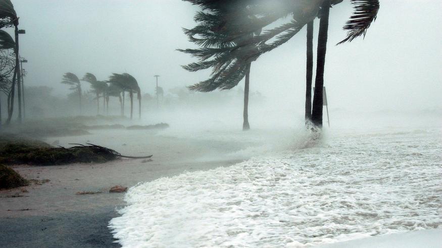 Ärhäkkä hirmumyrsky Harold iskee Vanuatun saarille nelosluokan hurrikaanin voimalla