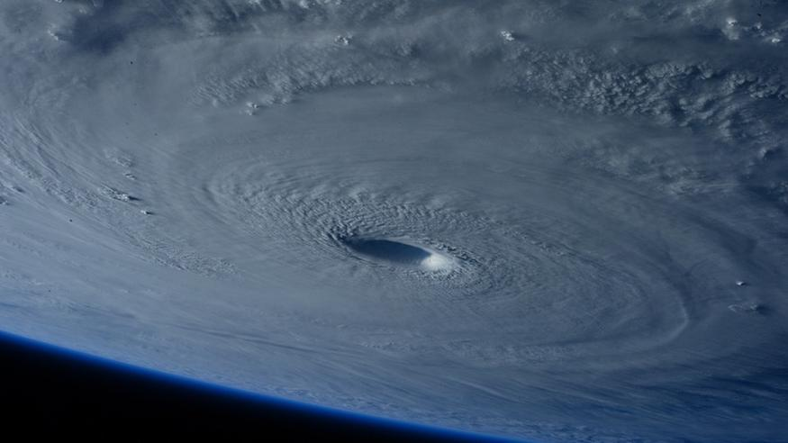 Atlantin hurrikaanikausi on aktiivisimmillaan – sitä entuudestaan voimistava aalto lähestyy