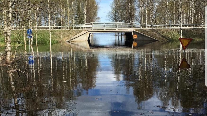 Lapin tulvat: Katso hurjat tuhokuvat – tämä vasta alkusoittoa tulevasta