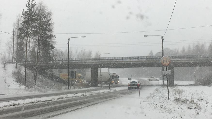 Lunta eteläänkin sunnuntaina – perässä tuttu käänne