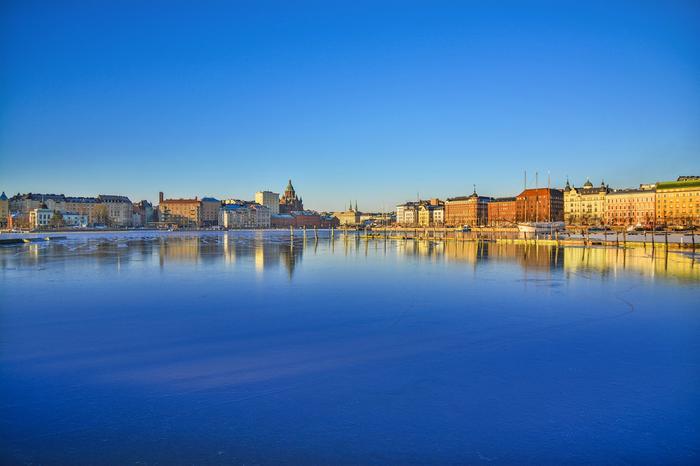 Helsingin jääpeite maaliskuussa