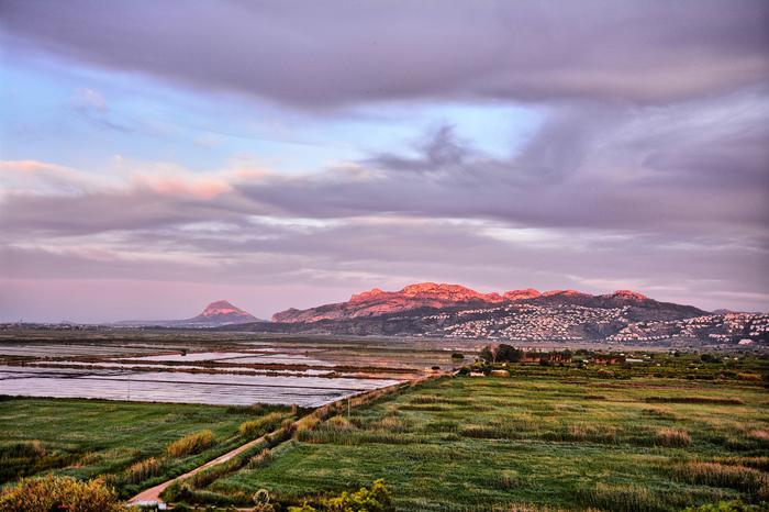 Kuuma ja kuiva sää voi laukaista laaja-alaisia maastopaloja Etelä-Euroopassa.
